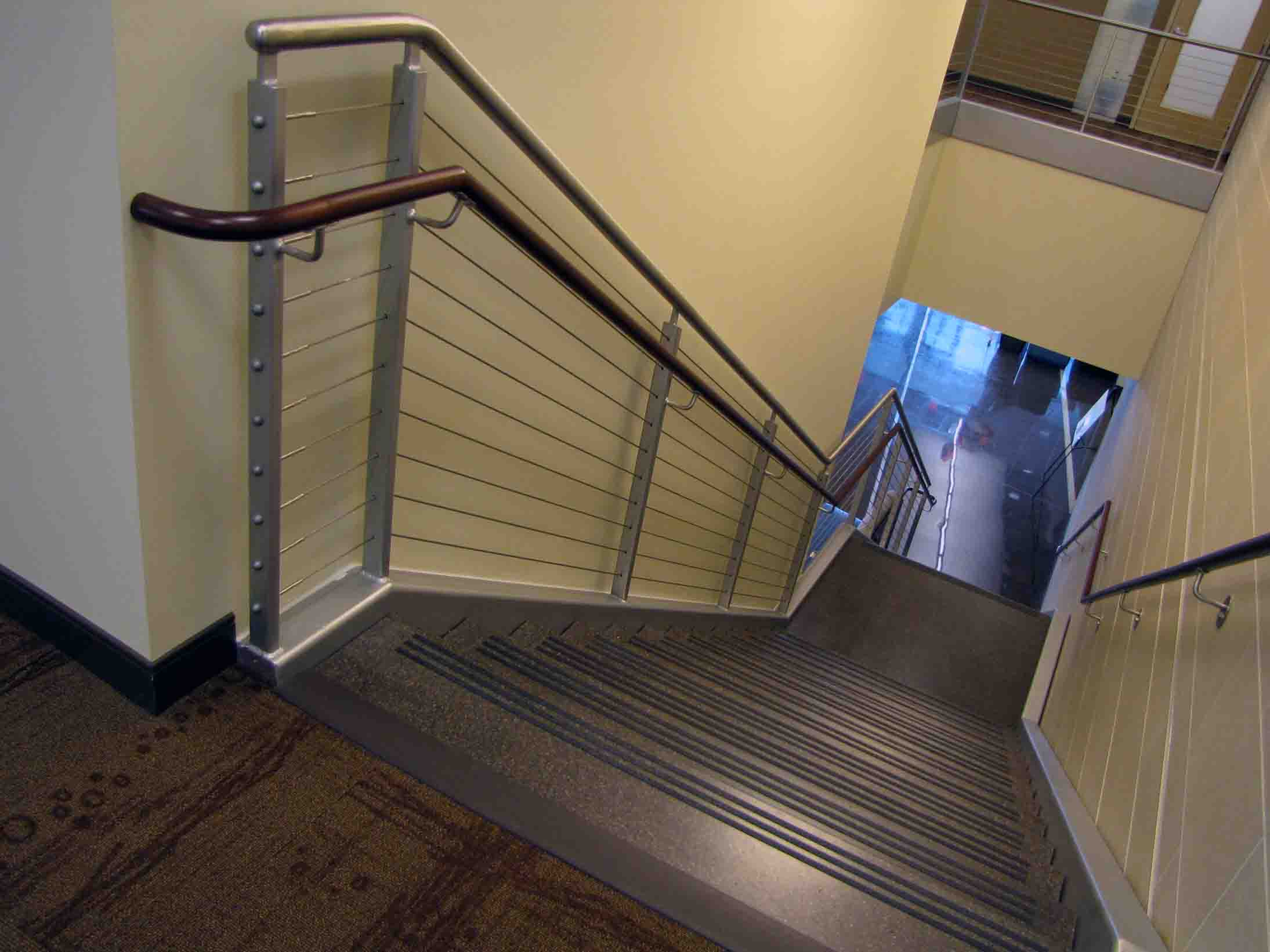 Superieur Granite Tread Staircase Stainless Steel Hand Rails With Cable Guard